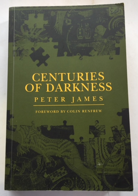 Image for Centuries of Darkness :A challenge to the convention chronology of Old World Archaeology