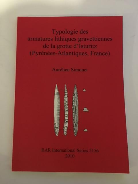 Typologie des armatures lithiques gravettiennes de la grotte d'Isturitz (Pyrenees-Atlantiques, France) :, Simonet, Aurelien ;