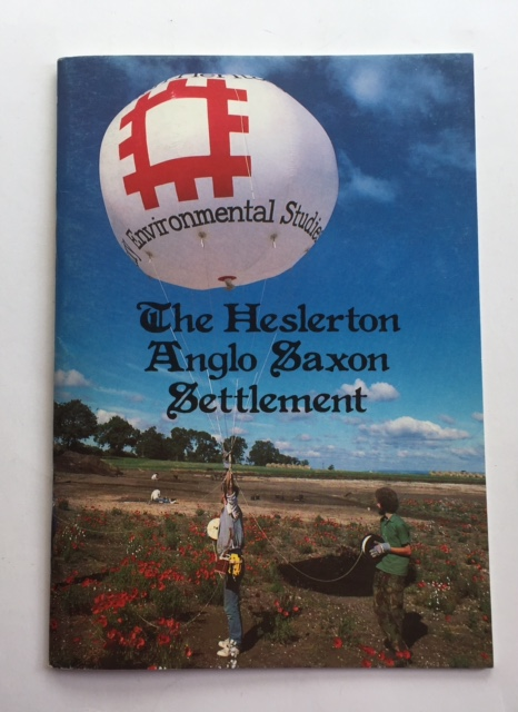 The Heslerton Anglo Saxon Settlement :A guide to the Excavation of an Early Anglo-Saxon Settlement and its Cemetery, Powlesland, D ;